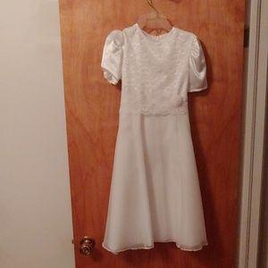 Size 12 Confirmation or flower girl dress w/veil